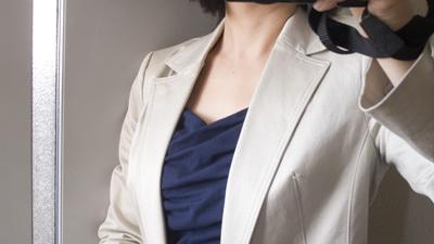 スーツの襟と好相性.jpg